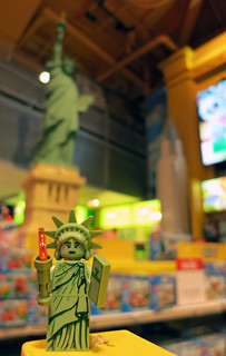 LEGO Collectible Minifigures Series 6 : Lady Liberty | by wiredforlego