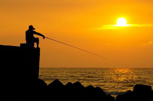 street sunset silhouette shot sony hsinchu 夕陽 新竹 剪影 香山 天堂路 釣客 a6000 海之聲