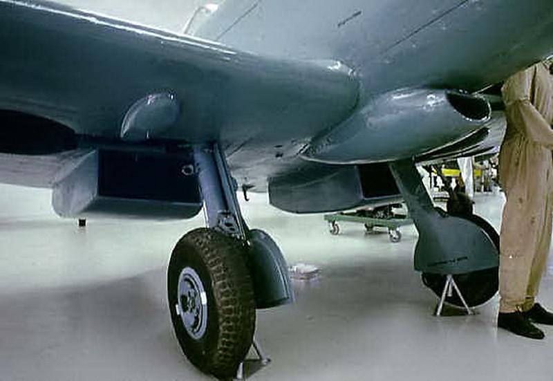 Spitfire PR Mk XIX (18)