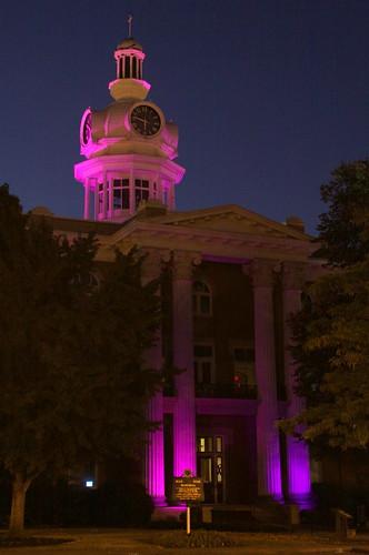 murfreesboro tn tennessee rutherfordcounty 1859 courthouse countycourthouse purple predawn alzheimersassociation memorywalk alzheimersmemorywalk walktoendalzheimers bmok nrhp uscctnrutherford