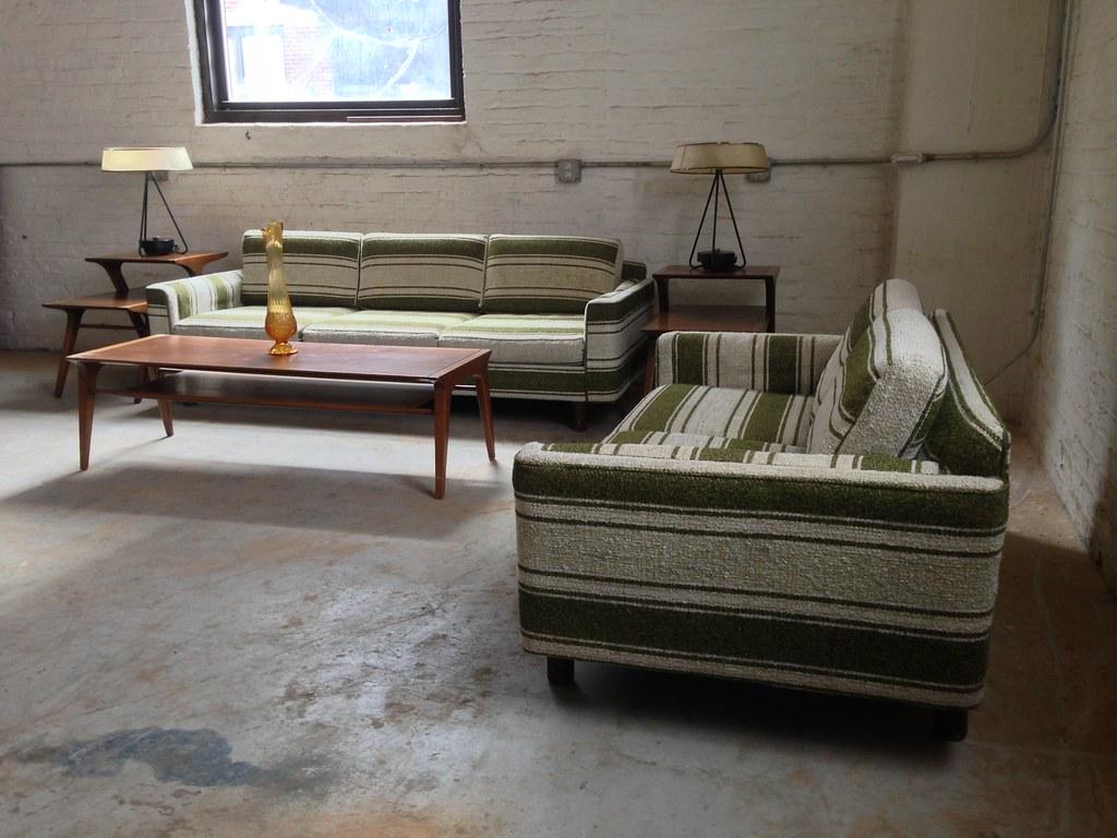 Tremendous Distinctive Mid Century Modern Selig Monroe Striped Sofa A Uwap Interior Chair Design Uwaporg