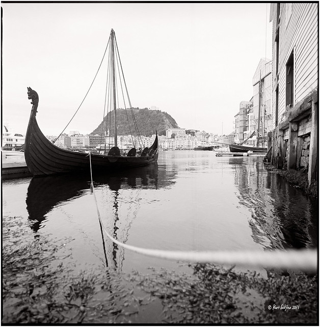 Alesund_The old harbour_Hasselblad