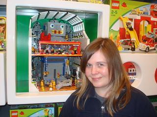 LUG Showcase - Giant Robot | by Mrs Wobblehead
