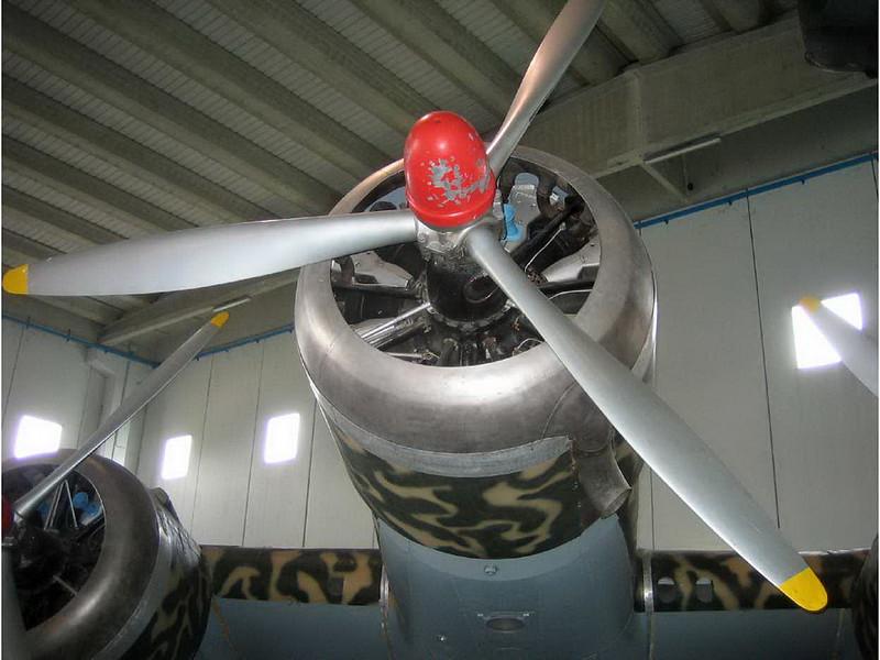 Savoia Marchetti SM-79 (8)