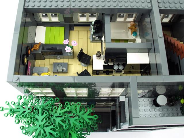Lego Modular Building: Microsoft Store