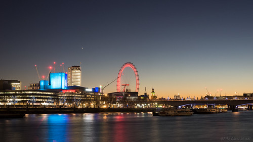 2016 oru uk london river riverthames le longexposure sunset londoneye westminster bigben neonjungle waterloobridge nationaltheatre southbankcentre boats 169 widescreen stars red blue city