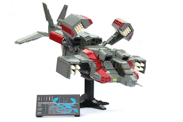 Lego UCS Aliens Dropship