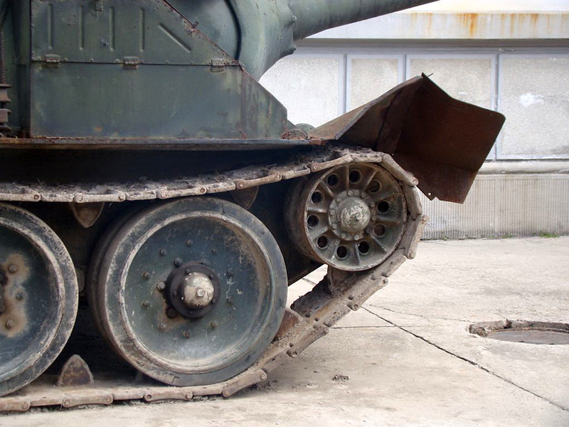 SU-100 (7)