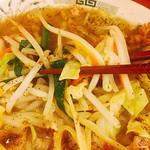 超久しぶり てか、今年初 #野菜たつぷりタンメン #日高屋 胡椒もたっぷり♪ お腹キツい…