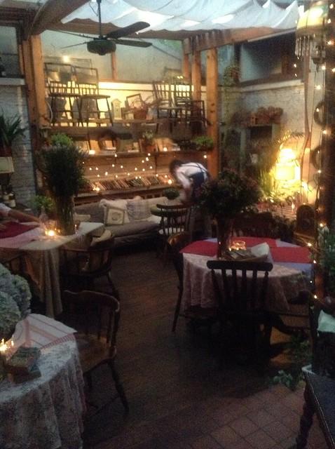 Le Petit Jardin, Shanghai | Petit resto-café tout à fait sym ...