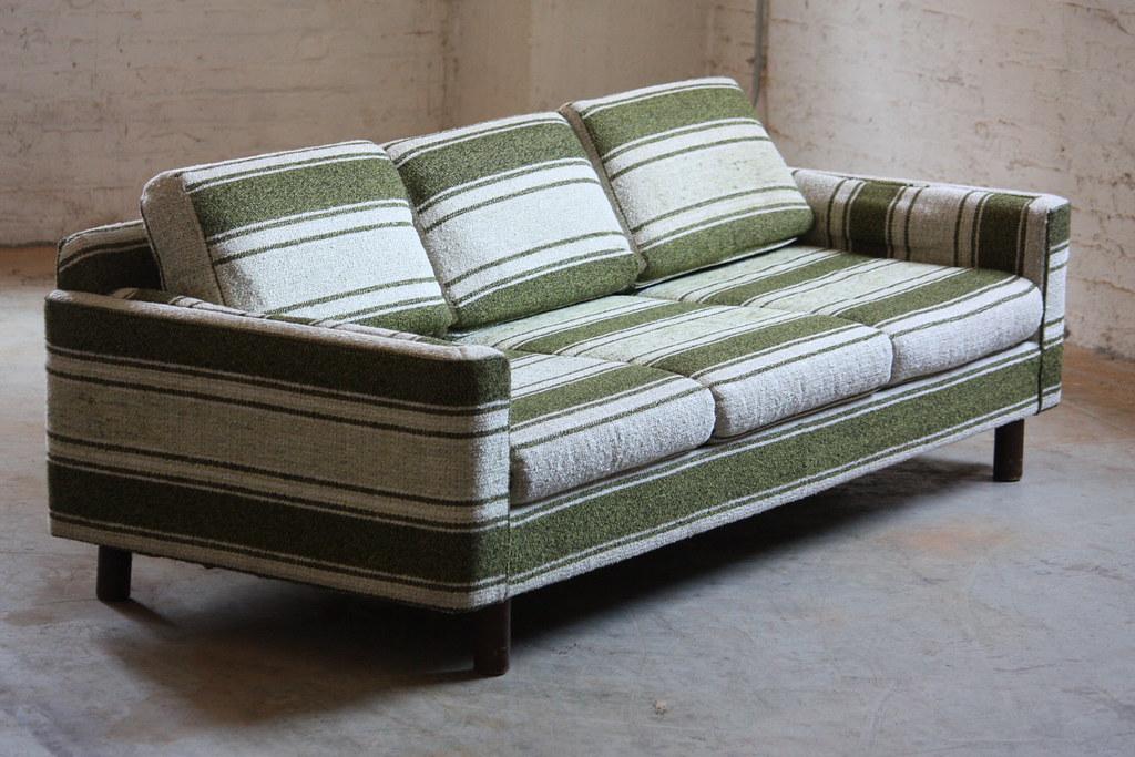 Groovy Distinctive Mid Century Modern Selig Monroe Striped Sofa A Uwap Interior Chair Design Uwaporg