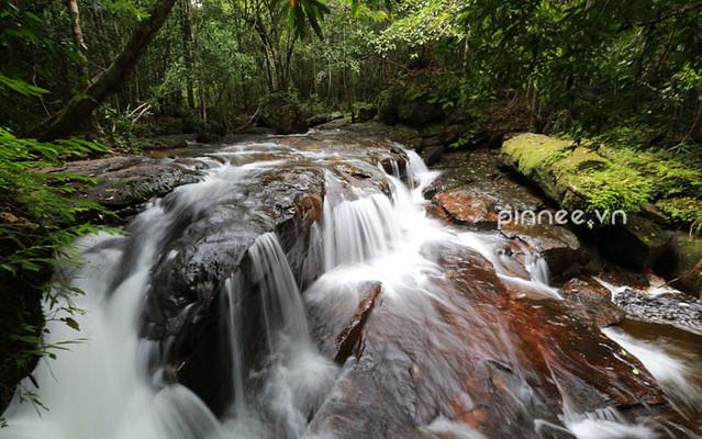 Một dòng suối đẹp [A silky stream @ Phu Quoc]