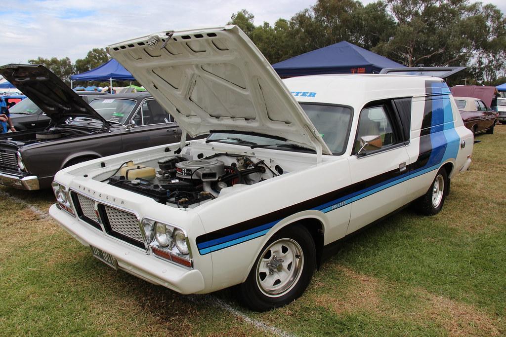 9792a737eb ... 1977 Chrysler Valiant CL Drifter Van