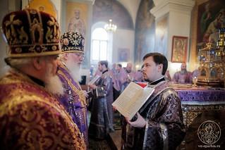 Литургия в Покровском соборе 260