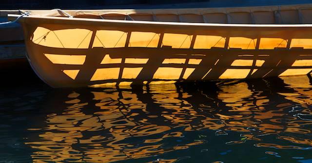 Sun canoe