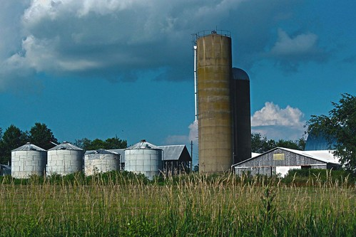 ohio clouds landscapes farming oldfarms canonphotography ohioamishcountry fredricksburgohio