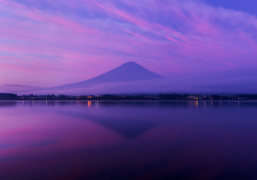 mountain lake reflection nature japan night sunrise landscape colorful purple cloudy mtfuji yamanashi kawaguchiko yamanashiprefecture arcreyes agustinrafaelreyes minamitsurudistrict