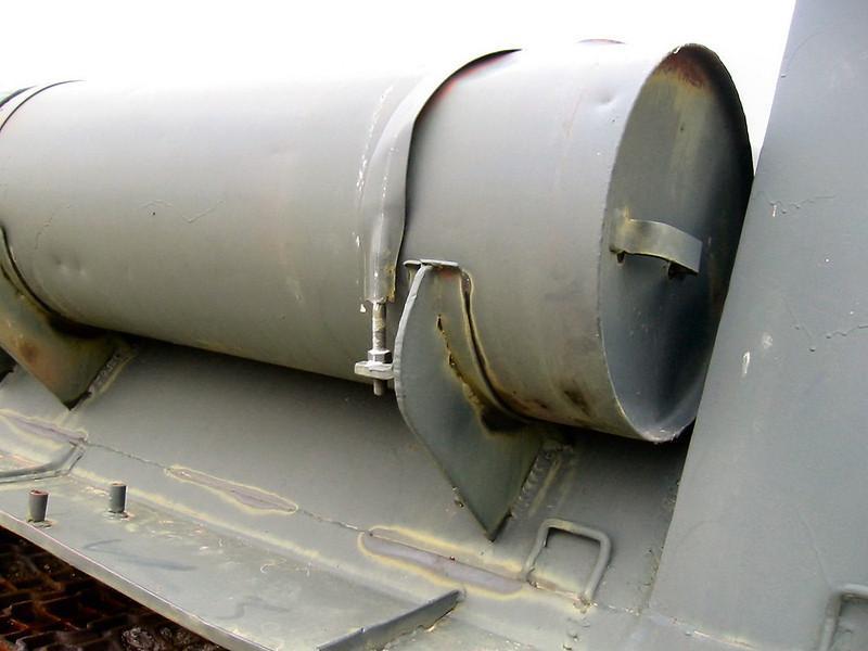 SU-100 (8)