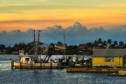 sunset gulfofmexico clouds florida palmtrees shrimpboat matlacha pineisland pineislandsound