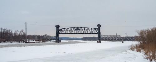 bridge winter ice train river illinois raised beardstown