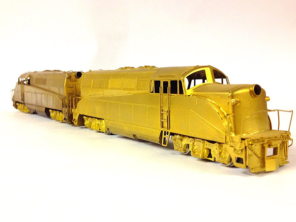 VARIOUS HO BRASS STEAM & DIESEL LOCOMOTIVES AND KITS - A P
