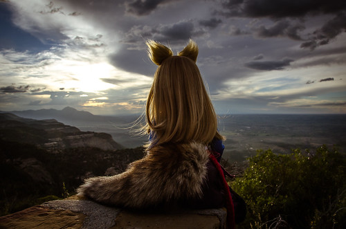 mountain outdoors colorado doll sitting tail skirt bjd volks dds holo horo wolfgirl dollfiedream spiceandwolf d7000