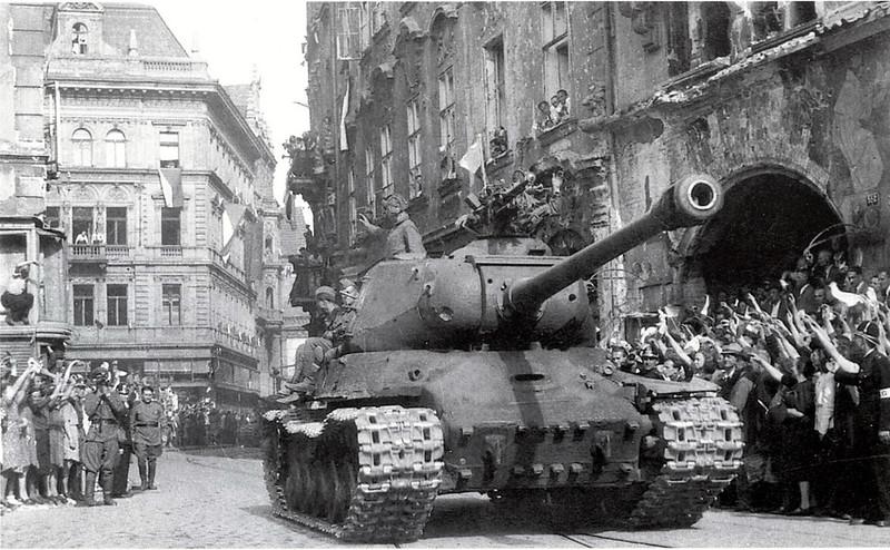 Tank IS-2 (12)