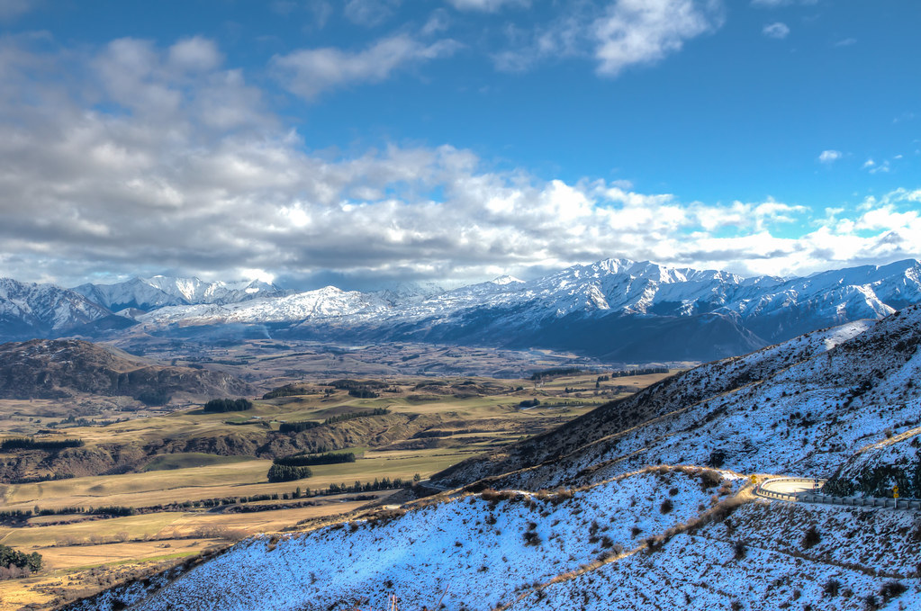 On The Road To Queenstown Snow Capped Southern Alps New Flickr