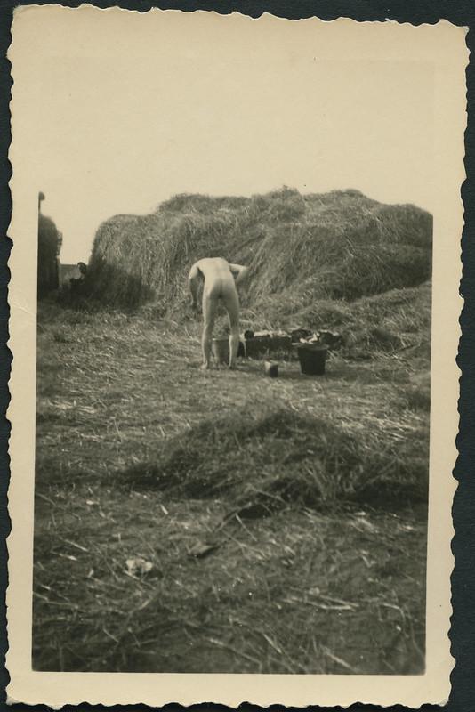 Archiv A659 Körperpflege im Krieg