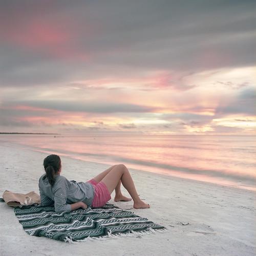 sunset color 120 film beach zeiss mediumformat florida kodak scan hasselblad filter 09 nd everglades epson fl 60mm portra graduated gossen 160 distagon marcoisland 501cm c41 v700 digisix neutraldensity 3stop