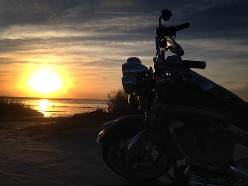 sunset harleydavidson springer project365 floridainwinter cameralife whiplashbikerphotog bikerlife soffordphotos