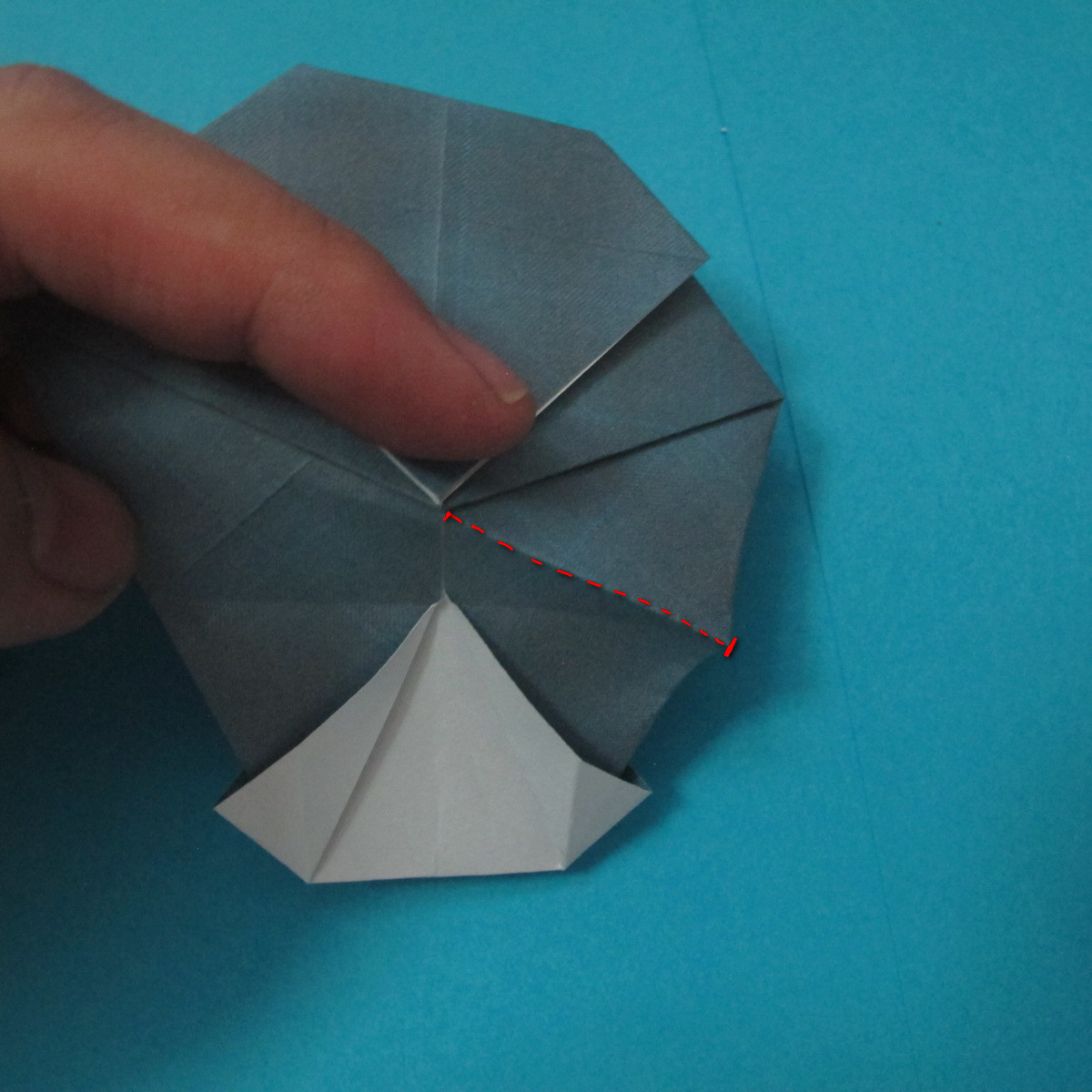 วิธีการพับกระดาษเป็นรูปนกเค้าแมว 018