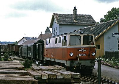 2095.12 at Heidenreichstein von TrainsandTravel