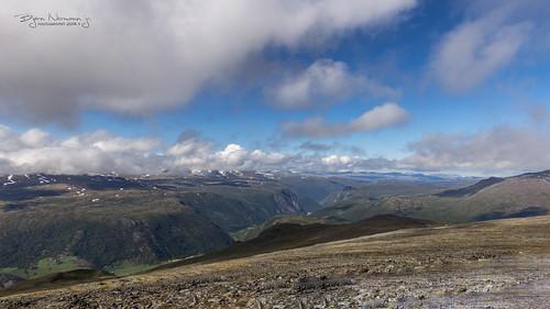 norway landscape hiking glacier glacierhiking fjell lom klatring tallest gåtur galdhøpiggen oppland familietur 2013 visitnorway 2469moh normannphotography