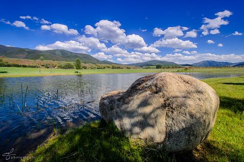 ranch blue sky horse lake water rock pond nikon colorado shadows shade vista nikkor aspen range equestrian coulds mountians snowmass horsebackriding dx chaparral woodycreek bolder d7000 100240mmf3545