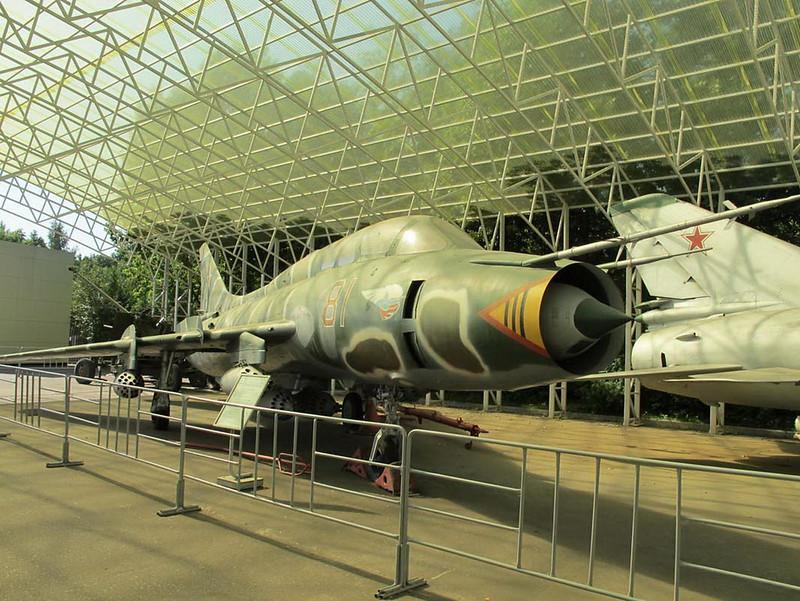 Sukhoi Su-17UM3 (1)