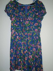 Forever21 DRESSES FOR JUNIOR Blue Floral Super cute Summer size fits Medium