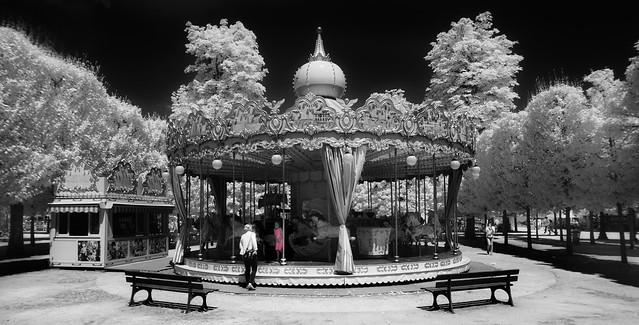merry-go-'round