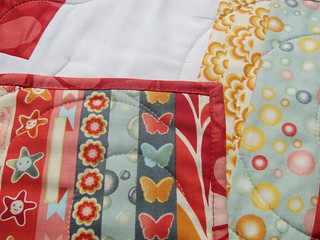 Finished Smitten Quilt   by Everyday Fray