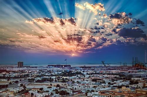 city light sunset urban sun skyline canon dubai tramonto uae sole sunrays hdr 2014 raggidisole paolomargari canoniani unitedarabemirated