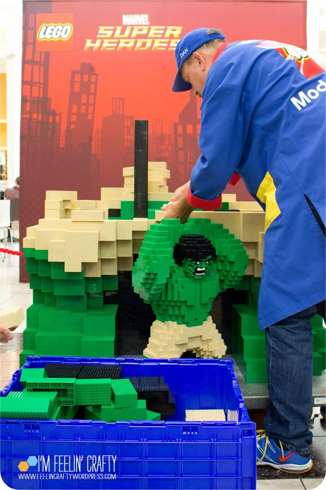 LegoStore-Hulk03-ImFeelinCrafty