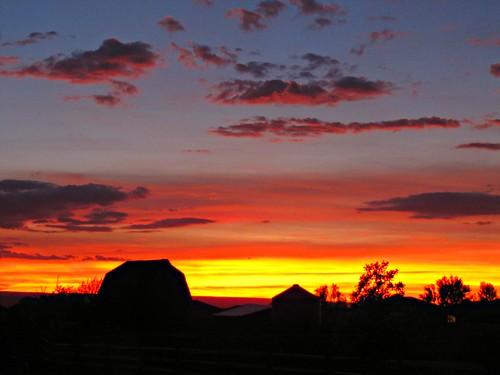 sunset sky colorado farm montrosecolorado uncompahgreplateau