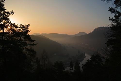 sunrise sonnenaufgang elbsandsteingebirge sandsteiner sandsteinerphotography