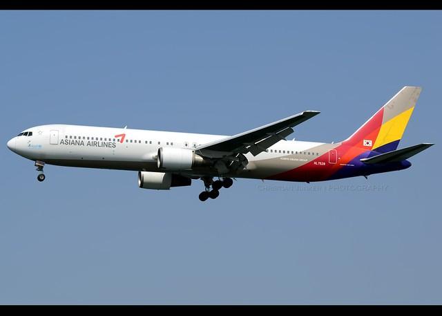 B767-38E | Asiana Airlines | HL7528 | HKG