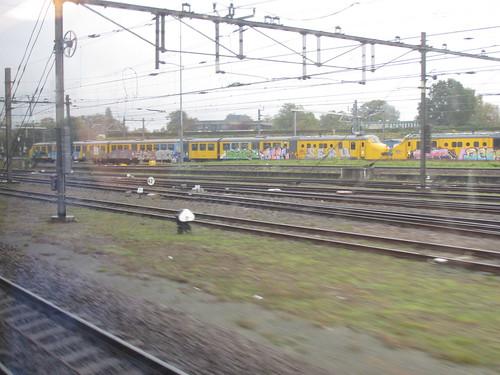 2 gele plan U's te amersfoort | by TimF44