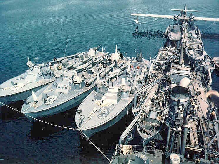 USS Gillis (AVD-12) tending Higgins type motor torpedo boats