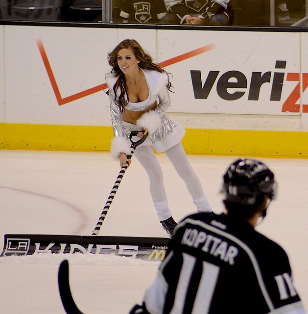 Los Angeles Kings Ice Crew Girls in Elf Costumes, December, 2013 with Anze Kopitar Checking them Out