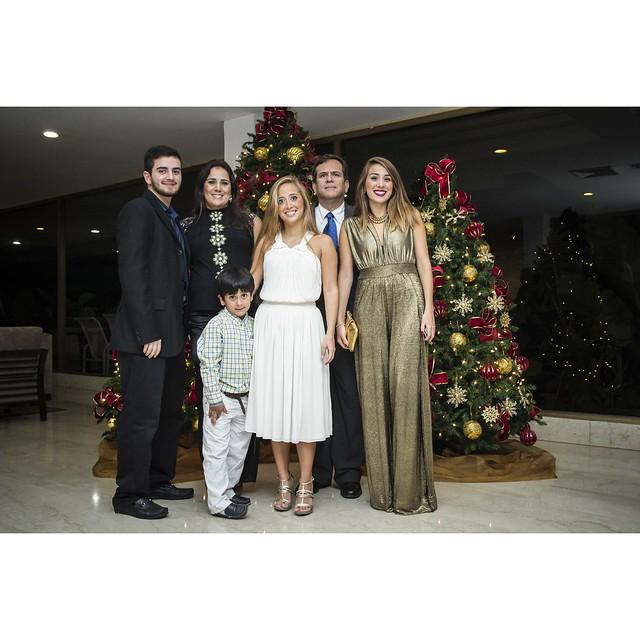 Retrato Familiar - 31 Diciembre / Club Náutico