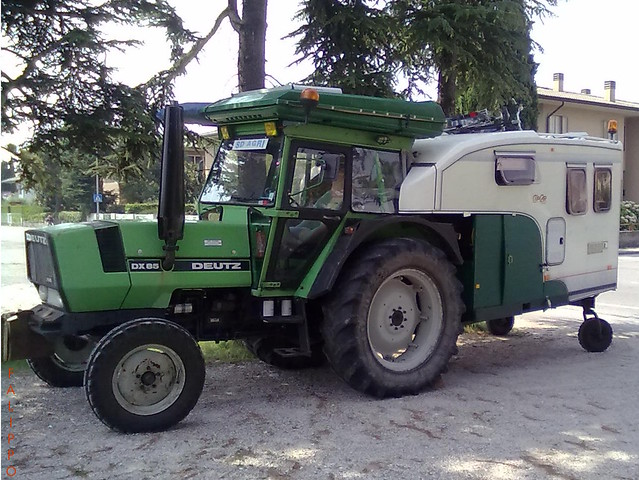 Tractor caravan