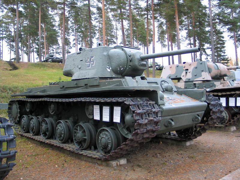KV-1 obr 1942 (1)